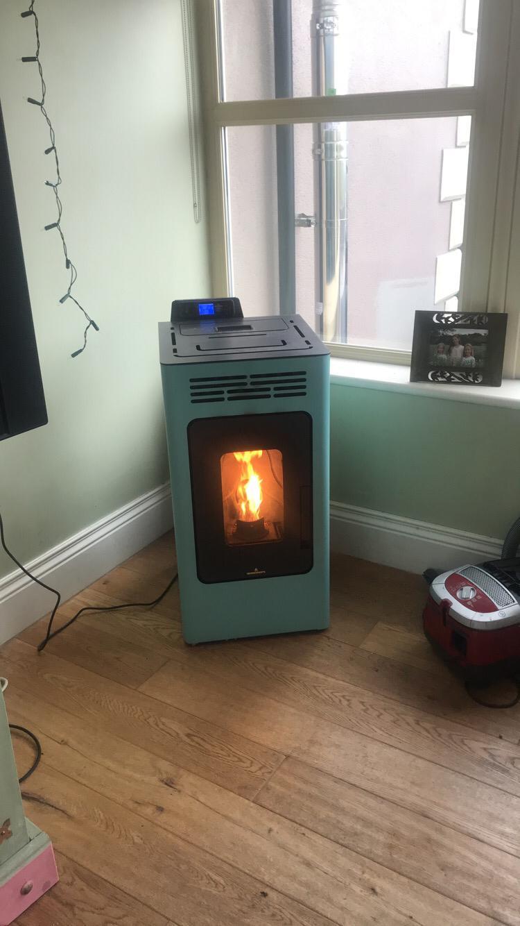 Bronpi Kira Pellet stove