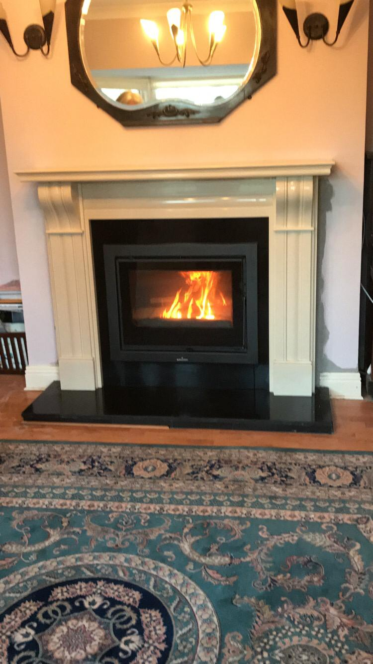 Dublin Corbel fireplace with Bronpi Paris 70 vision cassette stove